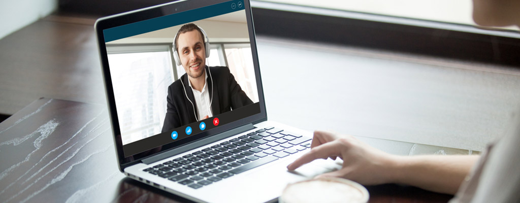 ways to manage remote employees