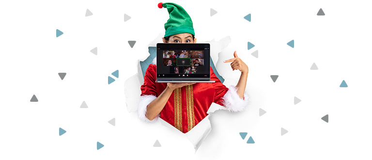 Elf with laptop