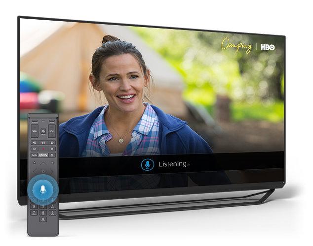 TV muestra una imagen del show de HBO Camping, con un control remoto por voz al frente