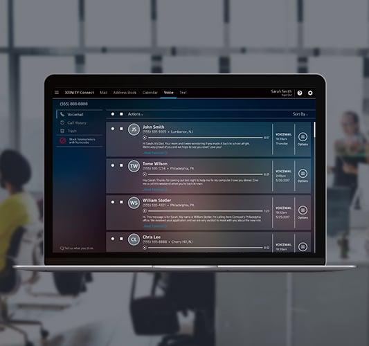 Laptop mostrando correo de voz